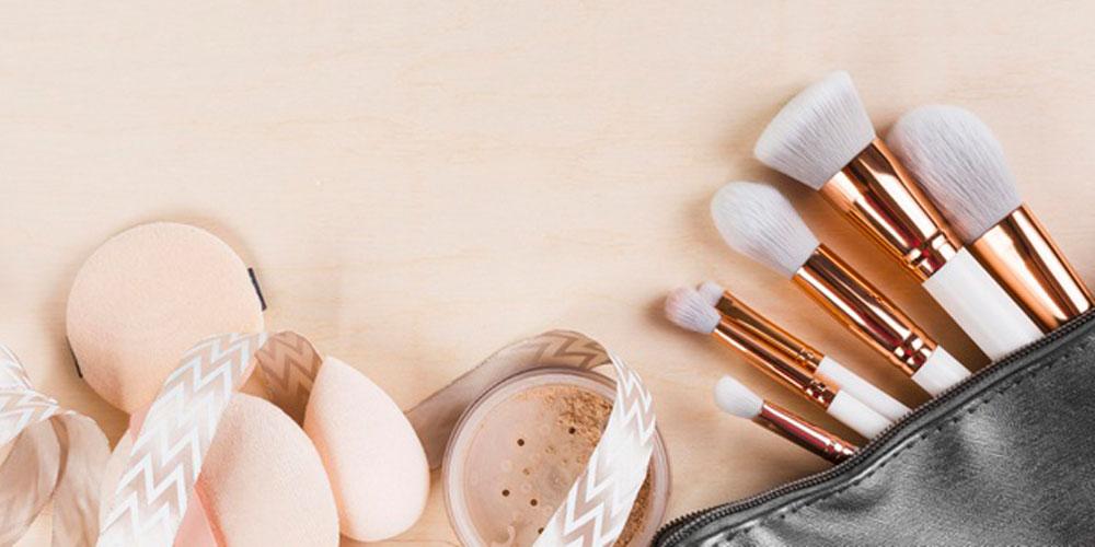 براش های آرایشی را چگونه بشوییم