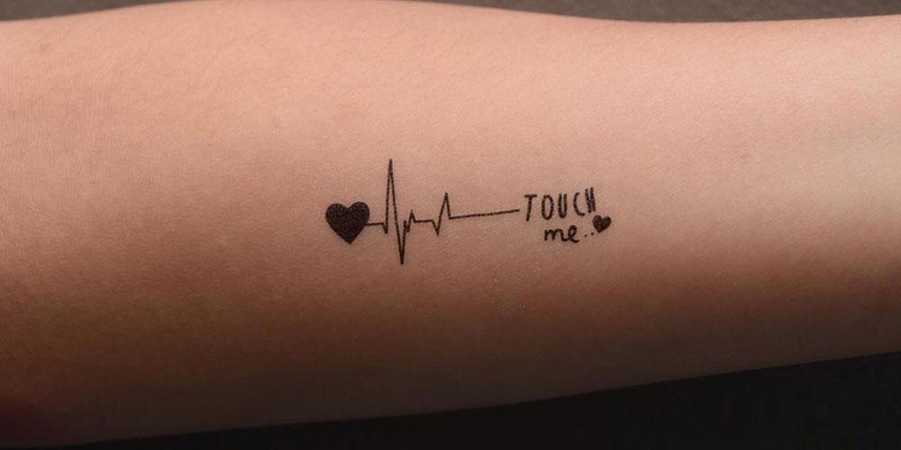 تاتو بدن نوشته روی دست