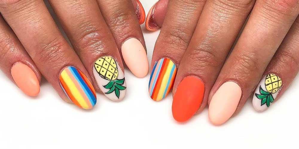 ناخن تابستانی با دو طرح رنگین کمان و آناناس