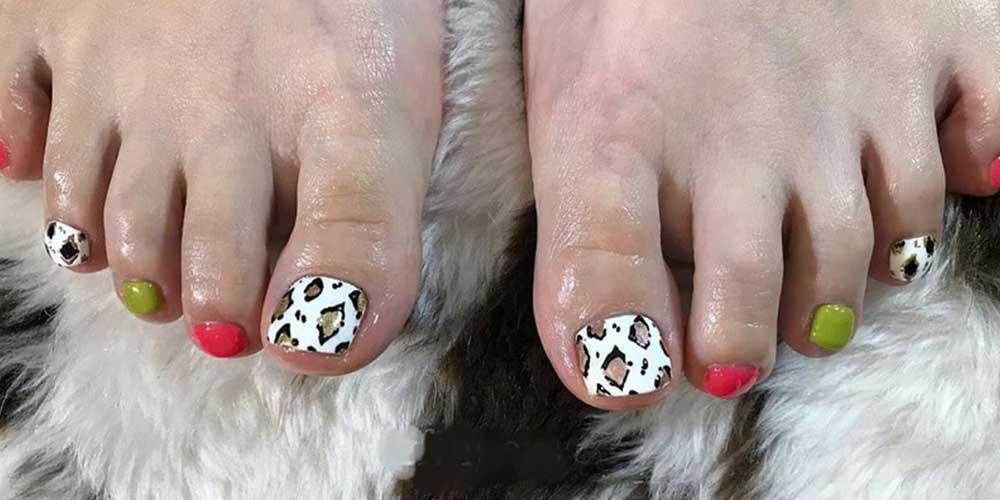 طراحی زیبا و خاص ناخن پا