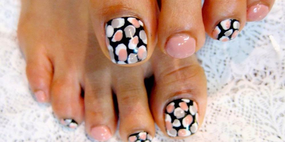 ایده طراحی ناخن پا جدید