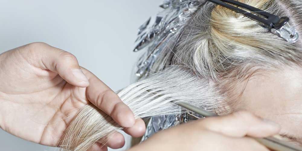 نحوه سفید کردن مو در خانه