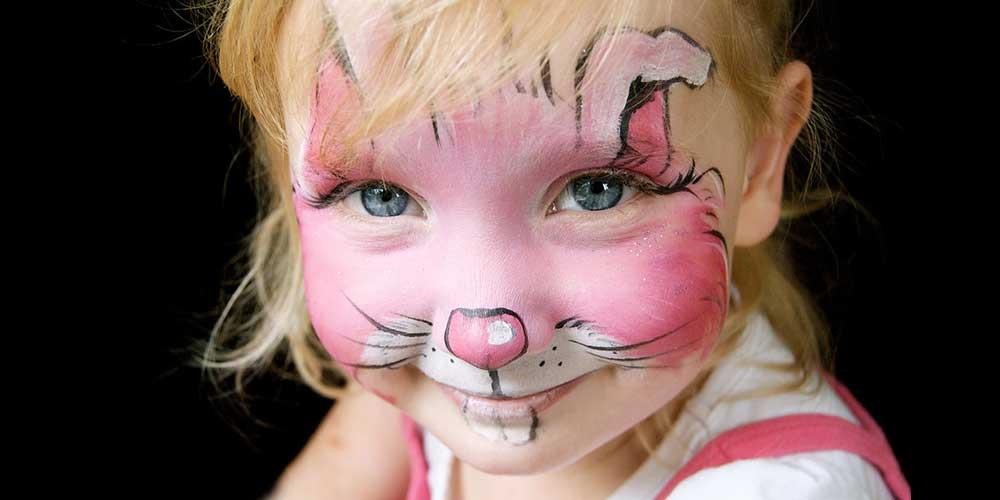 نقاشی روی صورت کودکانه