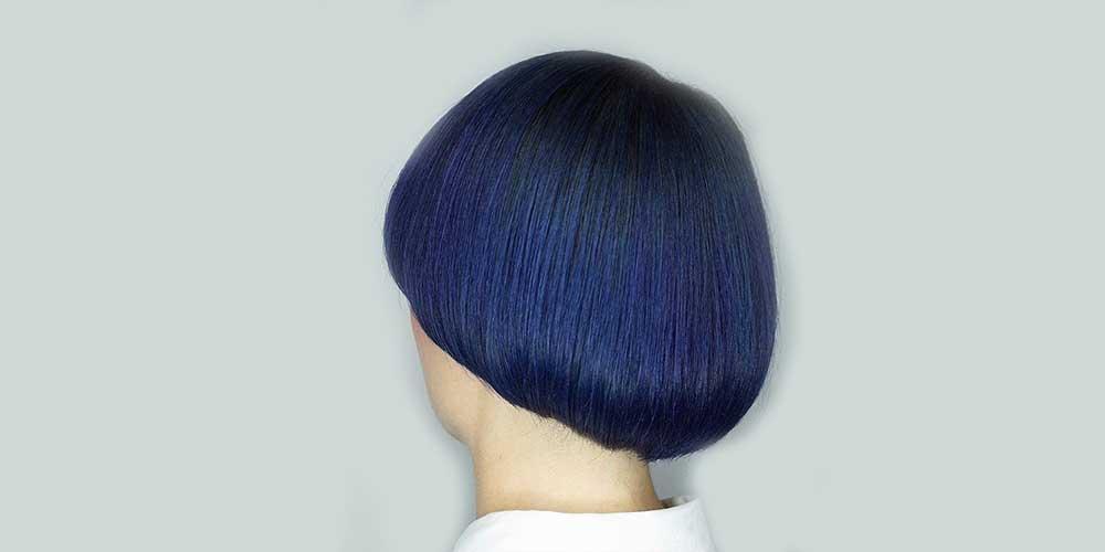 موهای کوتاه قارچی با رنگ آبی کلاسیک