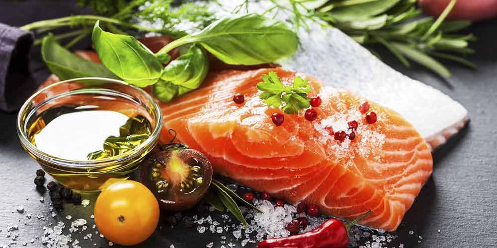 خوردن چه چیزی باعث از بین رفتن جوش صورت میشود
