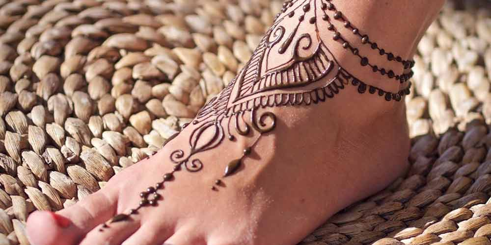 نقش حنا روی پا جدید