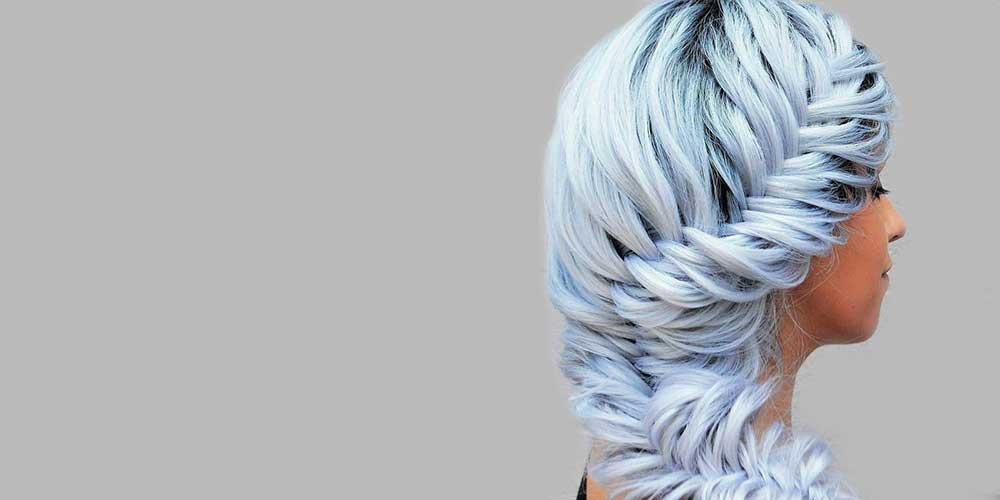 رنگ مو آبی یخی بافته شده