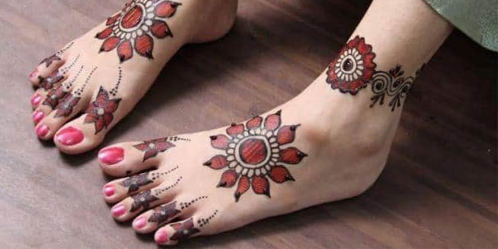 طراحی با حنا قرمز و سیاه