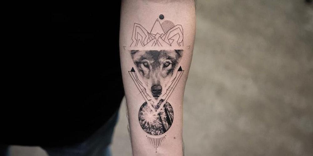 تاتو گرگ و جنگل