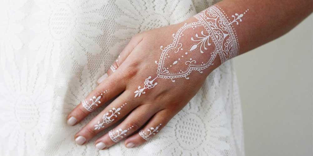 ایده نقش حنا سفید برای عروس