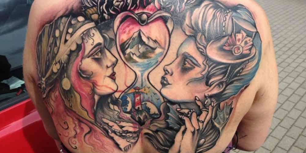 طراحی تاتو عاشقانه روی کمر
