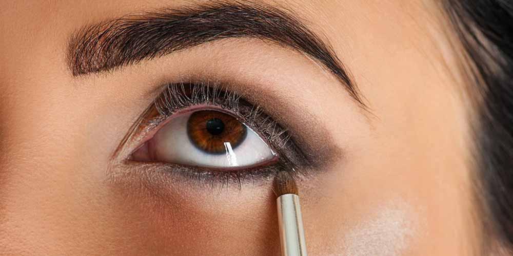 طرز کشیدن خط چشم ساده