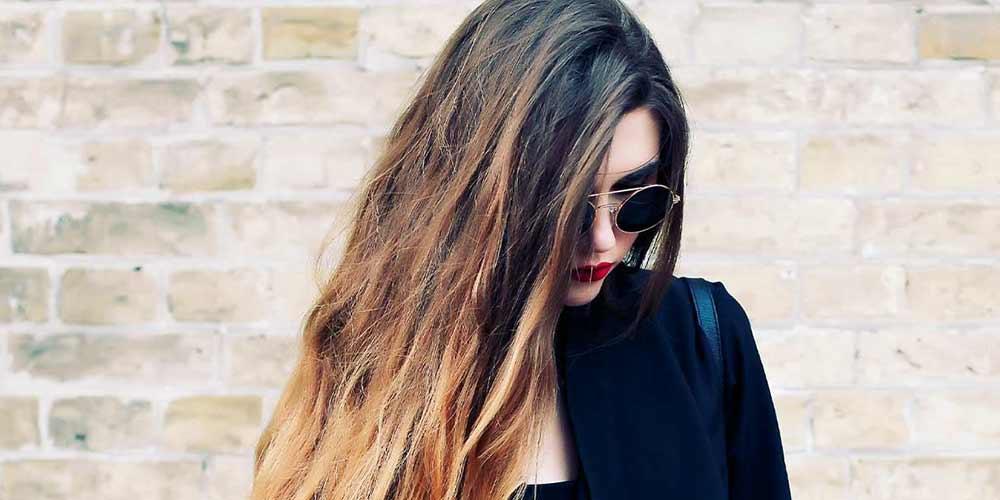 هایلایت عسلی روی موهای تیره