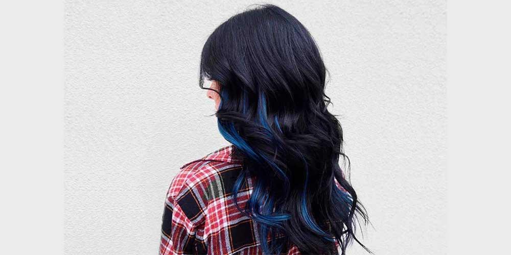 هایلایت رنگ آبی روی موهای تیره