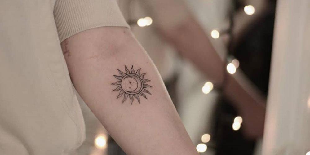 تاتو مینیمال خورشید و ماه